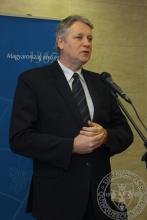 Beszédet mond Dr. Zombor Gábor, Emberi Erőforrások Minisztériuma egészségügyért felelős államtitkára